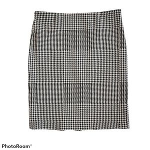 Premise Studio Pencil Skirt